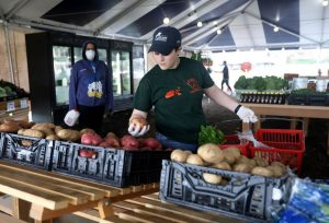 Norz-Hill Farm offers personal shoppers in an open-air tent